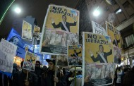 Thousands in Argentina protest rate hikes