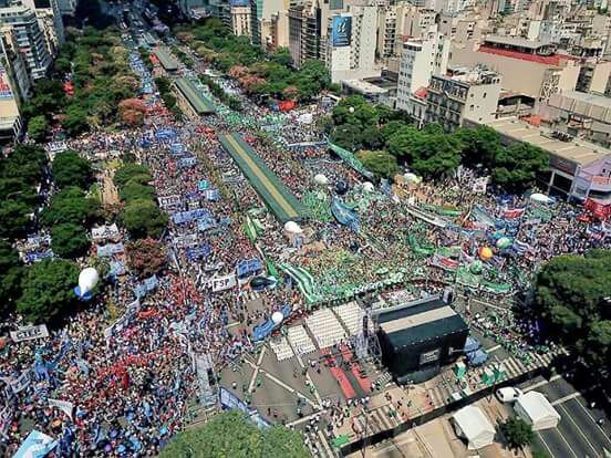 21F: Massive Protest Against Macri's Austerity Policies