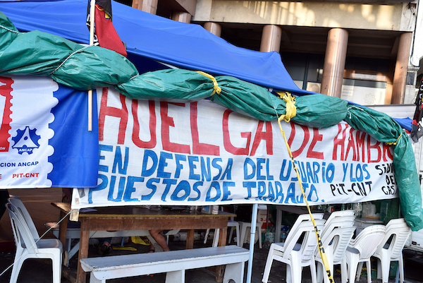 Hunger strike of Uruguayan gas workers a success